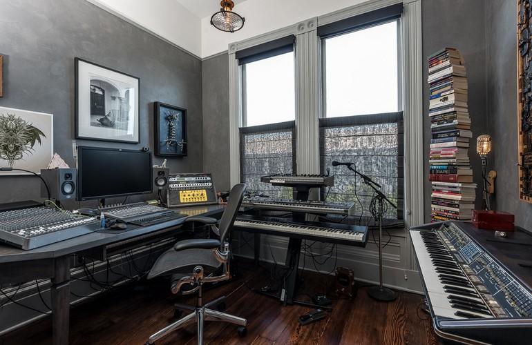 Обустройство студии звукозаписи на дому
