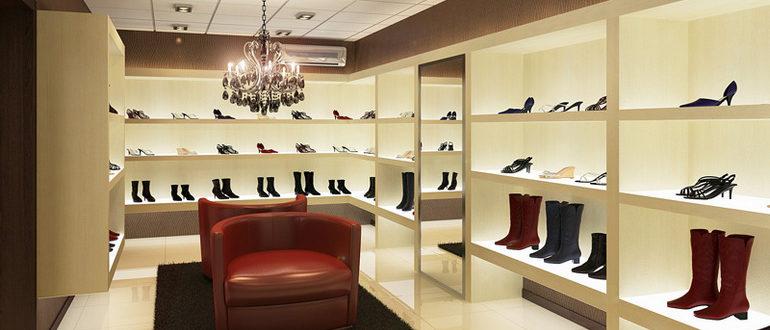 Самым продаваемым товаром обувного магазина является женская обувь