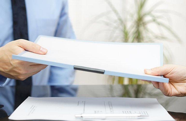 Примерно через неделю после подачи документов в налоговую, Ваше ООО будет зарегистрировано