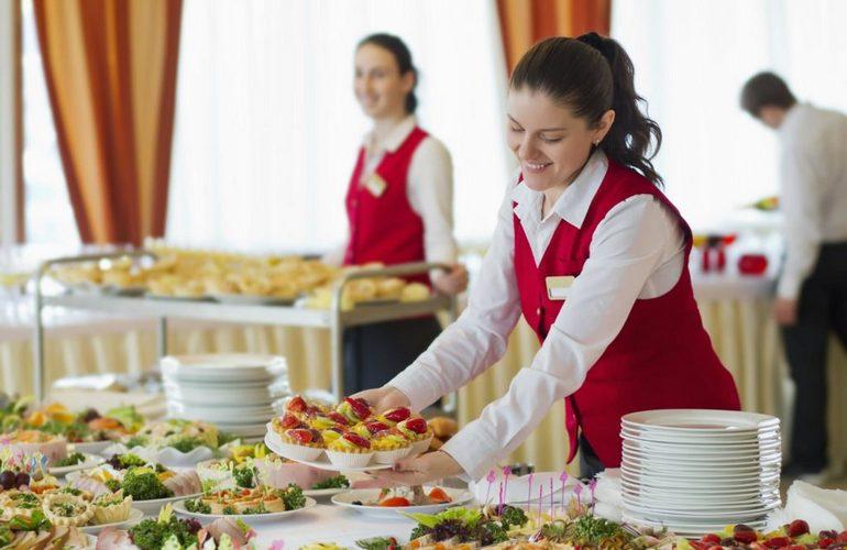 Персонал заведений общественного питания должен иметь соответствующее образование