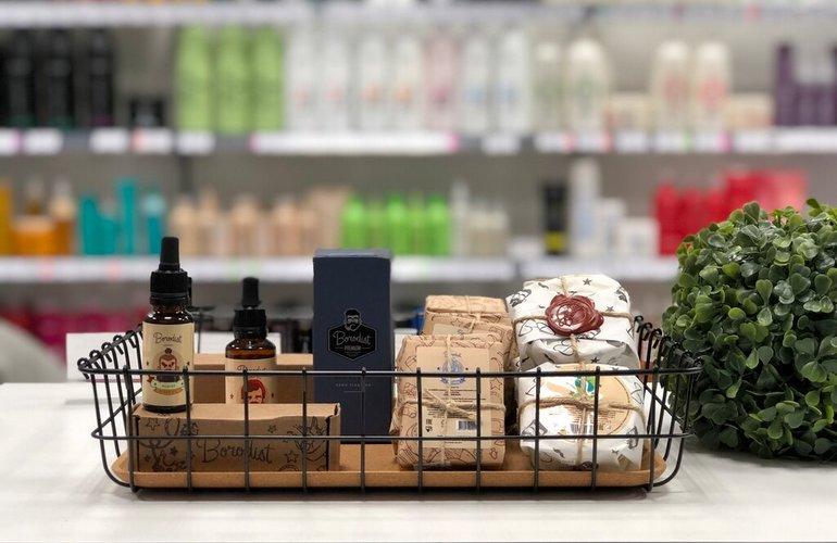 Удачно выбранное место под магазин парфюмерии и косметики — половина успеха дела