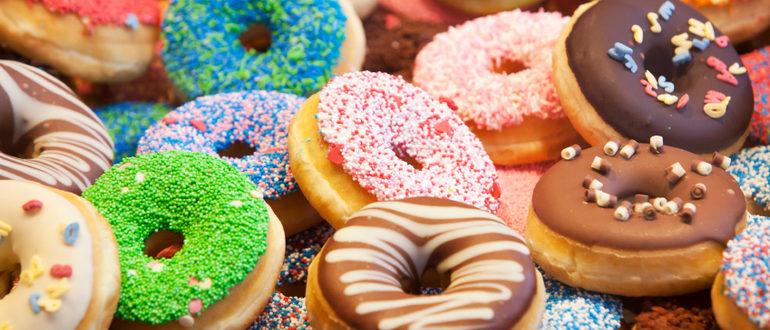Можно выделить своё производство пончиков на фоне конкурентов за счет декорирования и начинок