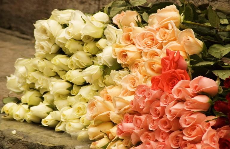 Салон цветов — бизнес прибыльный, хоть прибыль и изменчива